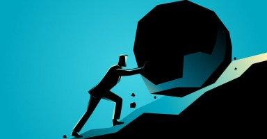 تعزيز وتقوية الإرادة والعزيمة والقدرة على التحدي