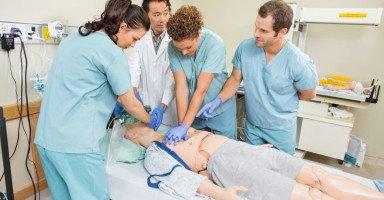 دراسة تخصص التمريض وخصائص مهنة التمريض