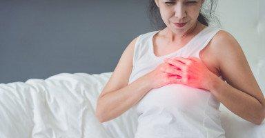 أسباب ألم الثدي في بداية الحمل وتغيرات الثدي في الأسبوع الأول من الحمل