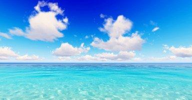تفسير رؤية البحر الهادئ في المنام بالتفصيل