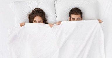 ألعاب زوجية رومانسية وجريئة لزيادة الإثارة في العلاقة