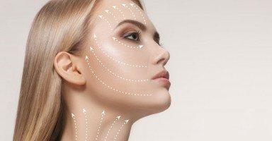 أخطاء تزيد التجاعيد وطرق طبيعية لشد الجلد وإزالة التجاعيد
