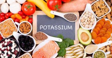 أعراض نقص البوتاسيوم وطرق علاج نزول بوتاسيوم الدم