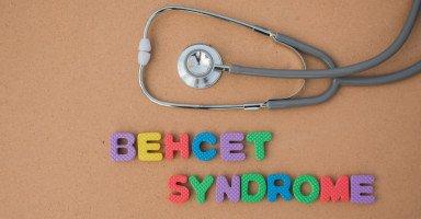 ما هو داء بهجت Behcet؟ أسباب وأعراض مرض بهجت وعلاجه