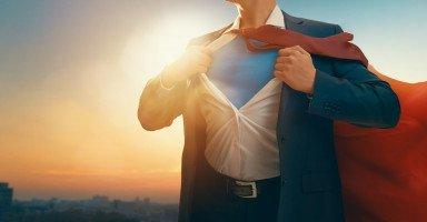 كيف أقوي شخصيتي في عملي؟ أسرار قوة الشخصية بالعمل