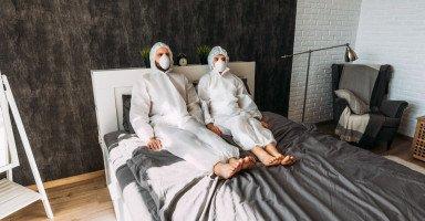 العلاقة الزوجية في ظل كورونا والممارسة الآمنة