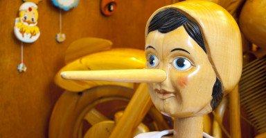 """أسباب الكذب عند الأطفال """"8 أسباب رئيسية تجعل الطفل يكذب"""""""