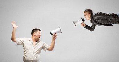 الصراع بين الآباء والأبناء وأسباب فجوة الجيل