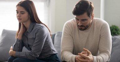 خطوات الانفصال عن فتاة وإنهاء العلاقة دون إحراجها