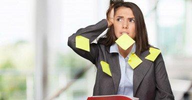 أسباب النسيان النفسية والصحية وأسباب ضعف التركيز