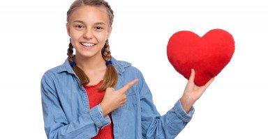 كيف أتعامل مع غراميات المراهق والحب في المراهقة؟