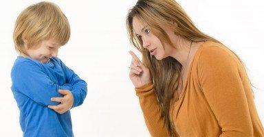 كيف أجعل ابني يحبني ويسمع كلامي؟