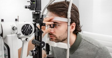 أسباب تلف شبكية العين وطرق علاج اعتلال الشبكية