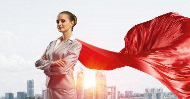 دور المرأة في المجتمع وأهمية تمكين المرأة