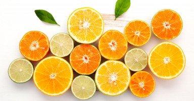 الفرق بين البرتقال والليمون الفوائد والعناصر الغذائية