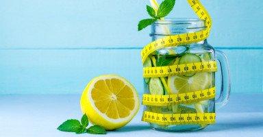 فوائد الليمون لتخسيس البطن ووصفات الليمون للتنحيف