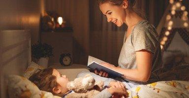 7 طرق وحيل تجعل طفلك يذهب للنوم بسرعة