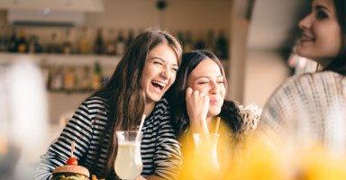 """أنواع الأصدقاء والتعامل معهم """"أفضل وأسوأ الأصدقاء"""""""
