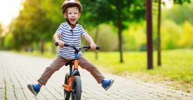 فوائد الدراجة الهوائية للأطفال وتجنب مخاطرها
