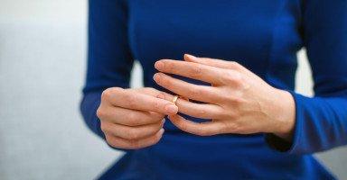 تكرار تجربة الزواج للمرأة المطلقة ومخاوف الزواج الثاني