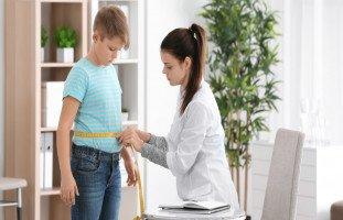 الوزن الطبيعي للأطفال حسب العمر وحساب وزن الطفل