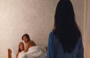 الخيانة الزوجية في المنام ورمز الخيانة في الحلم بالتفصيل