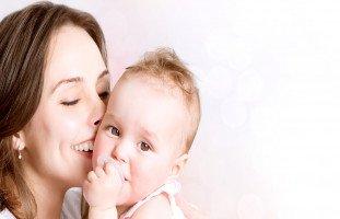 فوائد حليب الأم ومنافع الرضاعة الطبيعية للرضيع