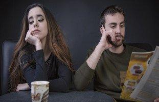 كيفية التعامل مع الزوج الصامت وعلامات الزوج الكتوم