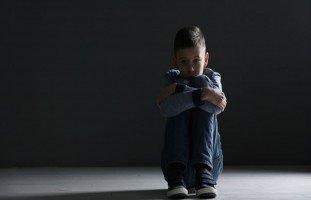 هل ينسى الطفل التحرش؟ علاج الطفل من ذكريات التحرش