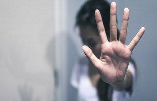 تحرش الأقارب بالمرأة وتحرش أهل الزوج بالزوجة