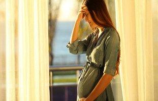 أسباب النزيف النسائي خلال الحمل وأنواع نزف الحمل