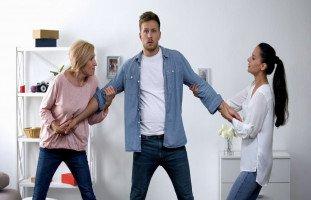 التعامل مع مشاكل الزوجة وأم الزوج (الكنة والحماية)