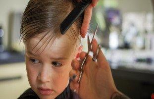 علاج شعر الطفل الخفيف والجاف وطرق تغذية شعر الطفل