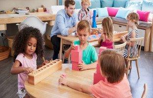 منهج مونتيسوري التعليمي وقواعد مونتيسوري في التربية