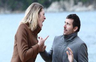 صفات الزوج ضعيف الشخصية وأسباب ضعف شخصية الزوج