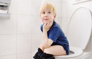 كيف أعلم إبني الذهاب للحمام