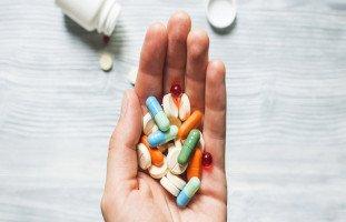 تفسير رؤية الدواء في المنام وحلم أخذ وشرب الدواء
