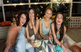 أفكار بسيطة لجمعة البنات وتحضير سهرة بنات مميزة
