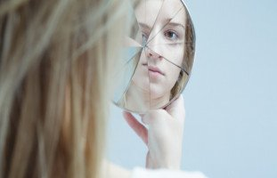 انفصام الشخصية الأعراض الأسباب والعلاج