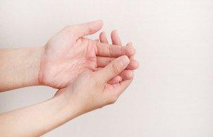 تفسير رؤية أصابع اليد في المنام بالتفصيل