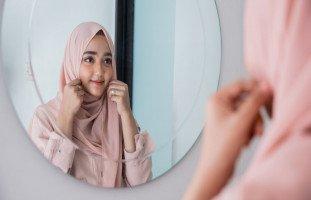 تفسير رؤية خلع الحجاب في المنام وحلم كشف الشعر