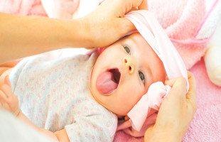 أعراض وأسباب الإمساك عند الرضع وعلاج إمساك الرضيع