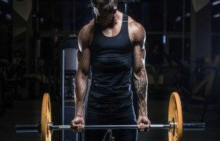 أخطاء يجب تجنبها في كمال الأجسام ونصائح قبل وبعد التمرين
