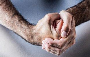 انتقام الزوج من الزوجة الخائنة هل يشفي ألم الخيانة؟