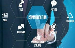 كيف تتواصل مع الآخرين بشكل فعّال؟