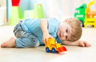 ممارسة العادة السرية عند الأطفال قبل البلوغ (فرك المناطق الحساسة عند الأطفال)