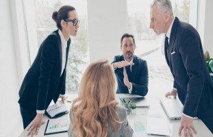 أساليب إدارة النزاع والصراعات في بيئة العمل