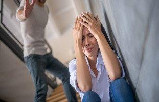 القسوة على الزوجة والتعامل مع الزوج القاسي