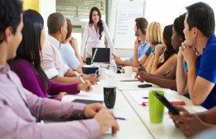 استراتيجيات التعامل مع الموظفين وفنون الإدارة