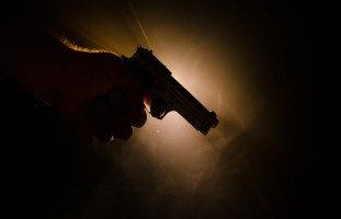 التهديد في المنام وتفسير رؤية التهديد والابتزاز في الحلم بالتفصيل